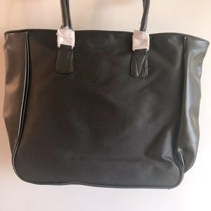 **FREE ADD-ON**CRABTREE AND EVELYN BLACK TOTE